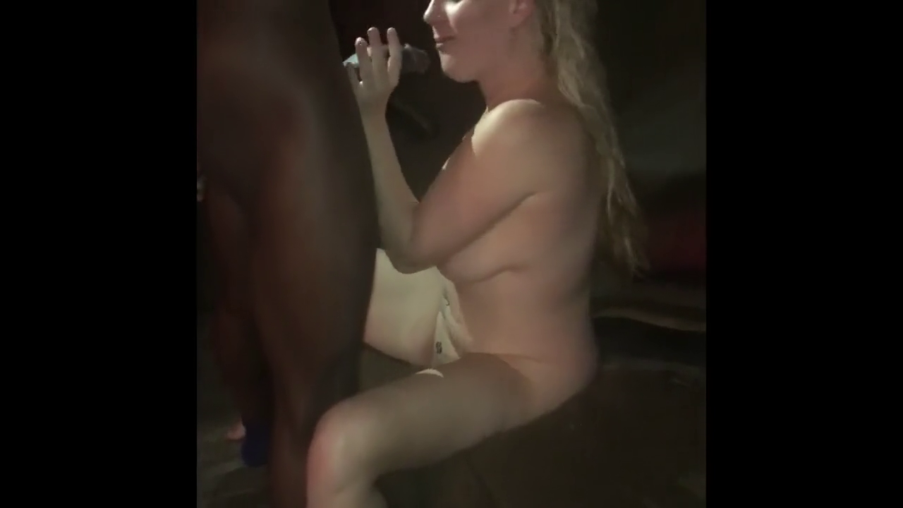 Husband filming his cuckolding wife sucking bbc